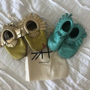 2 pair USED of Freshly Picked Moccasins size 4